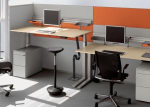 scrivania regolabile in altezza T-Lift desk