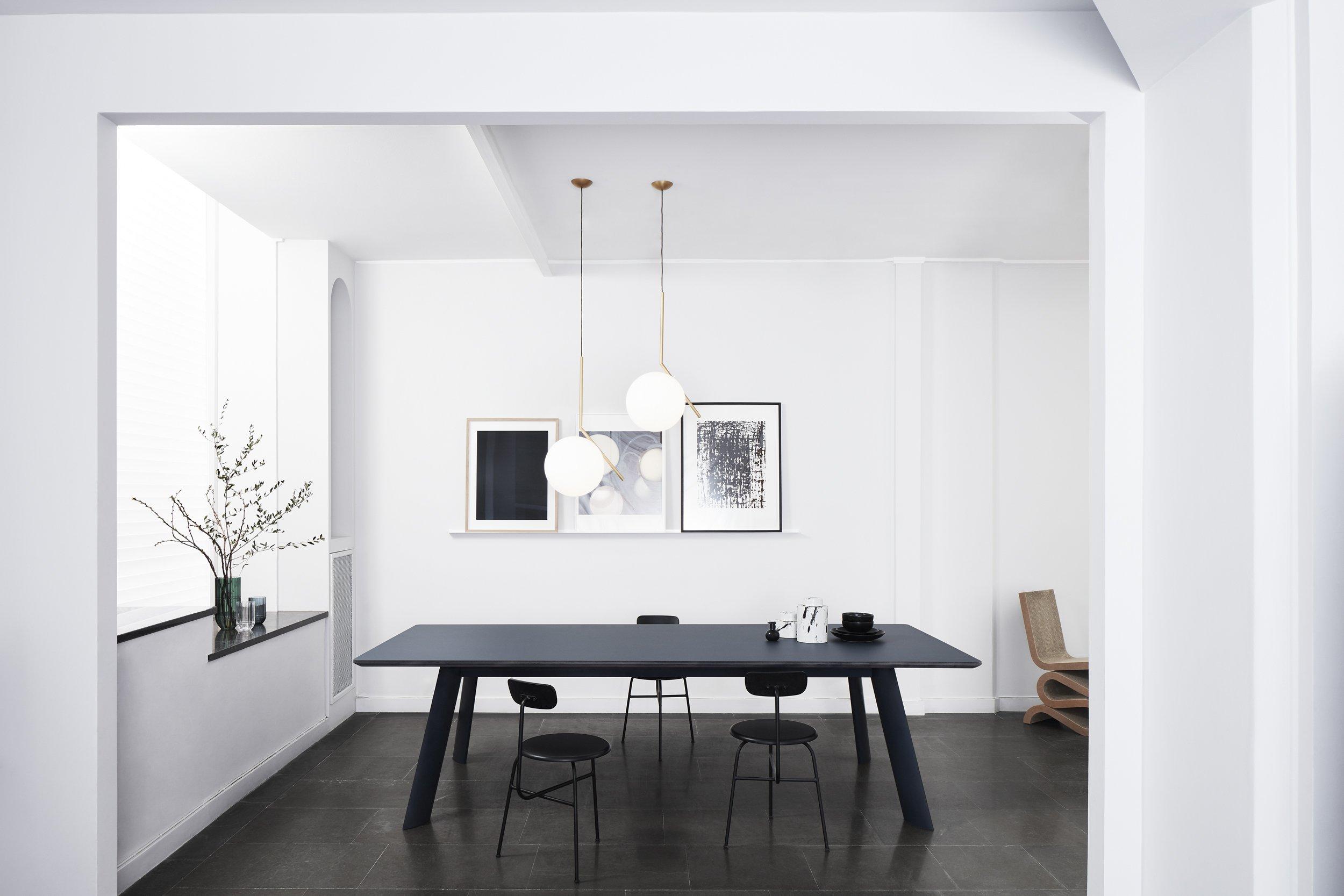 Jetty Abstracta – tavolo rettangolare silenzioso